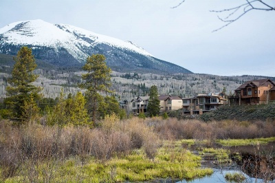 Frisco's Duck subdivision up on heights above Tenmile Creek